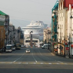 Cruise ships in Vladivostok